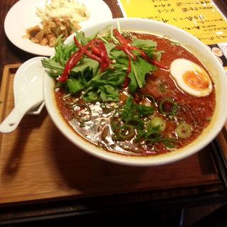 エスニックラーメン(ラーメン仮面55 (PAHAPAHA))