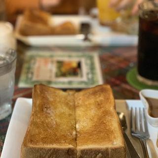ハニートースト(Cafe De Finesse (カフェ ド フィネス))