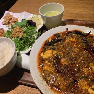 麻婆豆腐定食(中国菜 四合院凛丹 (チュウゴクサイシゴウインリンタン))