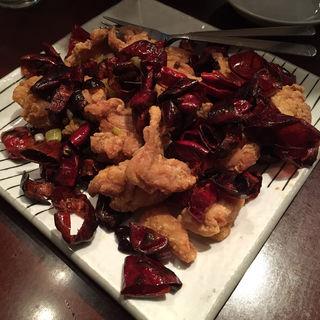 朝天辣椒と大山鶏の唐揚げの炒め(辰春)