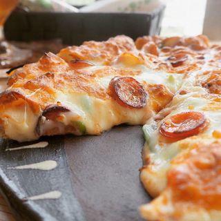 ミックスピザ(ピザ喫茶 ミモザの木)