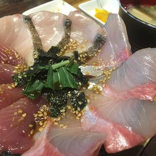 三色丼(C丼)(海鮮丼てんや 箱崎ふ頭店 )