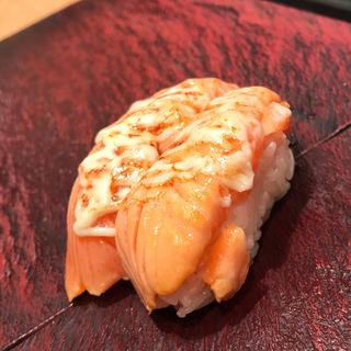 炙りサーモンマヨ(立ち寿司横丁 中野サンモール)