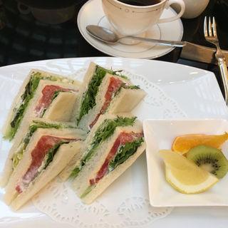 ベジタブルサンドイッチ(ラウンジ リバーヘッド ホテルグランヴィア大阪 )