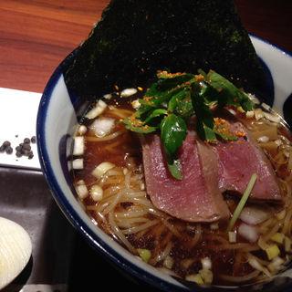 本鮪出汁冷やし汁麺〜マグロ燻製タタキのせ〜