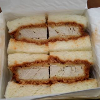 ヒレカツサンドイッチ(肉の万世 本店 )