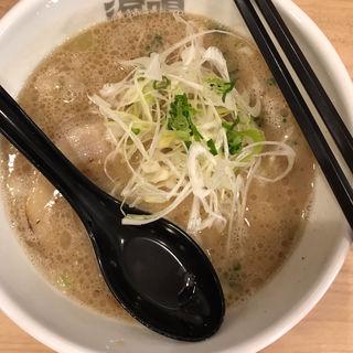 魚介とんこつラーメン(ラーメン海鳴 博多デイトス店)