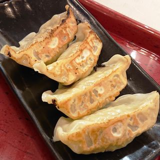 焼き餃子(4ヶ)(中華食堂一番館 川崎店)
