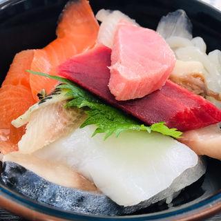 ワイルド海鮮丼