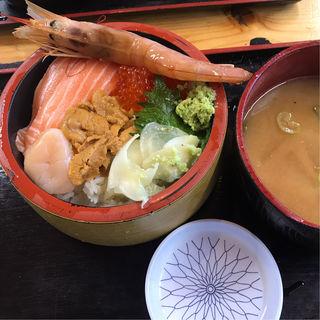 極上北海丼(タカマル鮮魚店 )