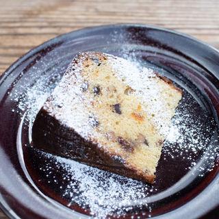金柑とアーモンドとチョコチップのバターケーキ(パーランド (parland))