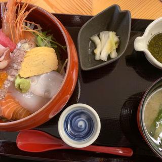 塩釜海鮮丼(塩釜市場食堂)