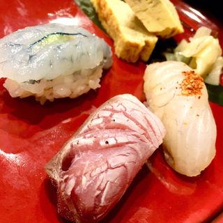 おまかせ握り寿司 三貫(和処 徳や)