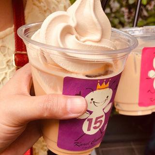 ルフナ紅茶ミルクティープラスソフトクリーム 極濃15(カレルチャペック 吉祥寺本店 )