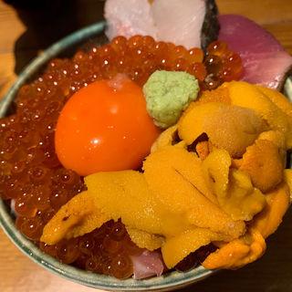 いくらウニ海鮮丼(鯛之鯛 難波店)