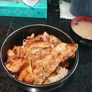 味噌豚丼バラ肉 肉飯大盛(きんちゃん)