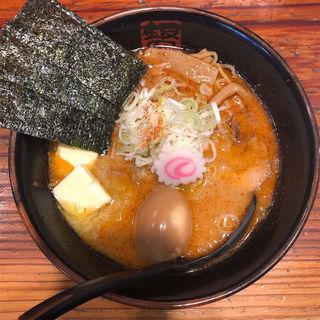 にんにくバターラーメン(辛みそ)(銀のくら (ぎんのくら))