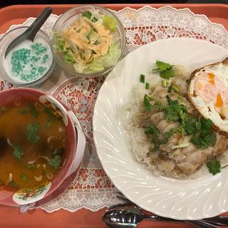 ランチご飯セット(サワデーすみ芳 栄店 )