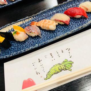 お寿司 煮魚 刺身 巻き寿司