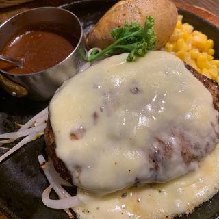 チーズ焼きハンバーグ