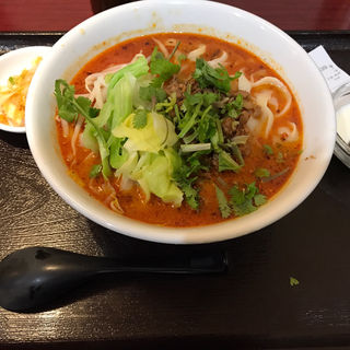 担々刀削麺(純中国伝統料理四川料理 芊品香 (センピンシャン))
