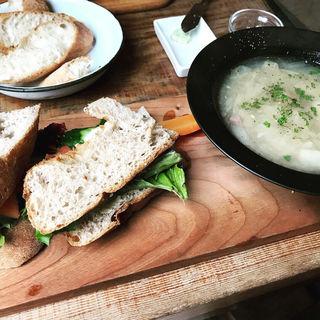 サンドイッチ&スーププレート(ファクトリー (FACTORY))