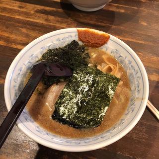 豚骨醤油ラーメン(らーめん将神蔵 壱号店 (しょうかぐら))
