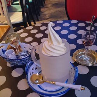 ソフトクリーム&リキュールAセット(ミルク村SAPPORO本店)