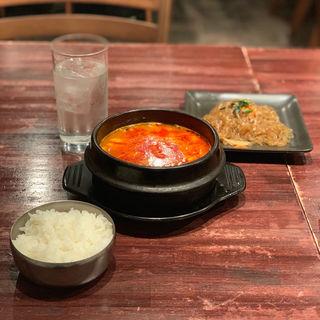 チゲ鍋定食(秀彬 ~スビン~ )