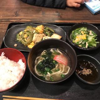 ゴーヤチャンプル定食(琉の介 (りゅうのすけ))
