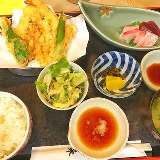 天ぷら刺身定食(天米 (てんよね))