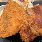 ロースカツ&アジフライ定食