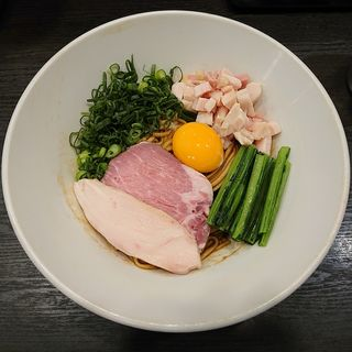 大和肉鶏の香味まぜそば(麺や福はら)