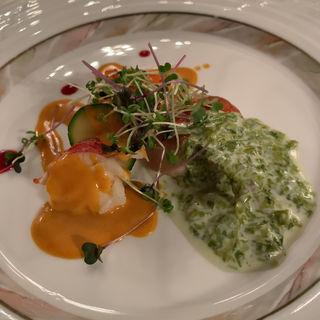 白身魚のポワレ オマール海老添え トマト風味のヴィネグレットソース(川奈ホテル メインダイニング)
