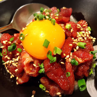 ユッケ 馬肉(渋谷 道玄坂 肉寿司 )