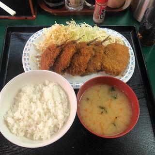 イワシフライ定食(とん平 丼池店 )