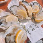 Aセットの真牡蠣の食べ比べ