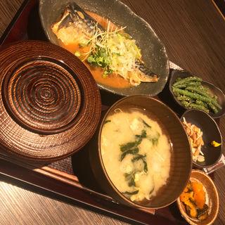 さばの味噌煮定食(しんぱち食堂 小川町店)