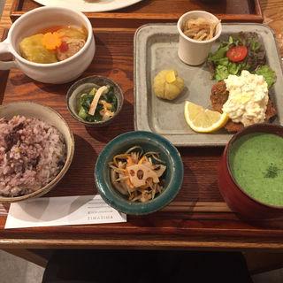 シマシマ定食(sima sima)