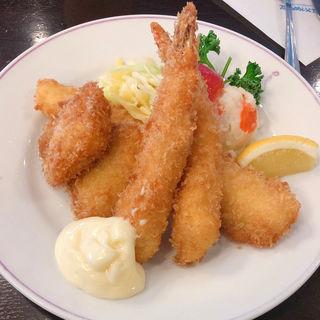 魚介ミックスフライ(たいめいけん )