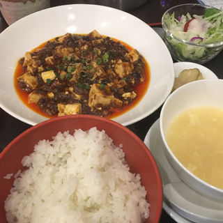 麻婆豆腐ランチ(松の樹)