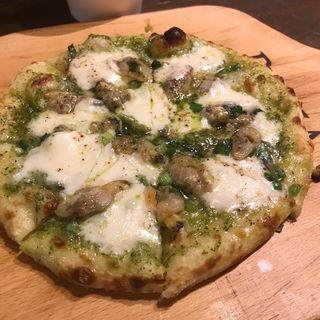 ピザ  ボンゴレヴェルデ(アキッチョ )