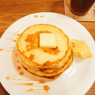 バターミルクたっぷりパンケーキセット(MOGMOG (モグモグ))