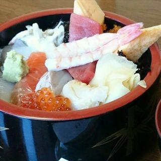 海鮮丼(すし屋の中川 )