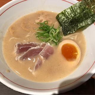 濃厚魚介そば(塩)(麺と心 7 )
