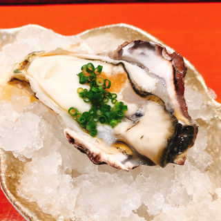 生牡蠣(鮨 銀座 鰤門 (すし ぎんざ しもん))