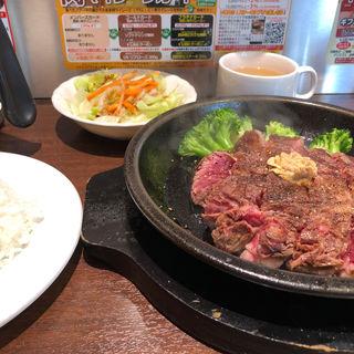 ワイルドステーキ300g(いきなりステーキ 川口駅前店)