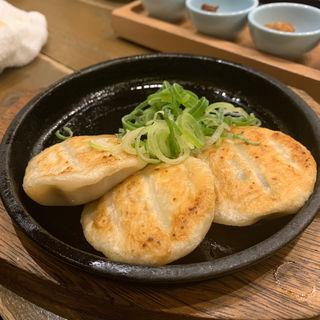 スープ溢れる丸餃子(宮崎県日南市 塚田農場 秋葉原中央通り店 )