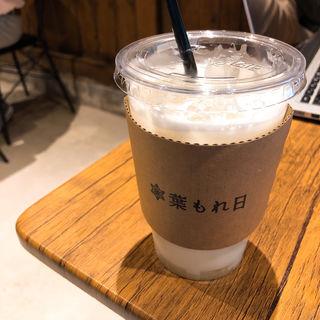 ゆずハニーミルクソーダ(葉もれ日)