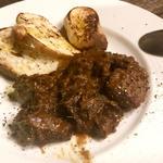 豚ほほ肉のカチャラーナ